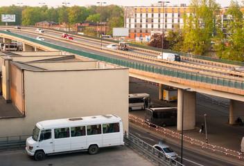 Photo sur Aluminium Londres bus rouge bus station
