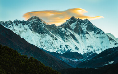 Tuinposter Bergen View of Mount Everest and Lhotse Peaks from Namche Bazaar in Nepal during Everest Base Camp trek. Everest is the highest mountain with altitude 8848m. Lhotse is the 4th highest peak at 8516m.