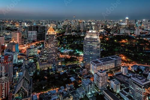 Fototapete Bangkok city in the evening