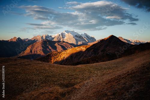 Wall mural Splendid morning sun illuminates the peaks. Location place Dolomite Alps, Italy, Europe.