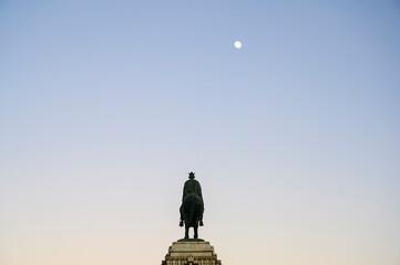 Poster Historisch mon. Spain, Valencia, Placa De Joan De Vila Rasa, Statue of King Ferdinand III in Plaza Nueva