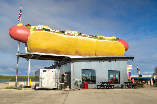 Mackinaw City, Michigan, USA - Exterior of Wiernerlicious  hot dog stand. The store bills itself as having the worlds largest wiener and serves only Koegels brand hot dog.