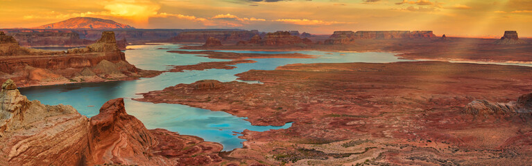 Wall Murals Deep brown Glen Canyon National Recreation area, Alstrom point at sunset. Travel concept. Panoramic and travel concept.
