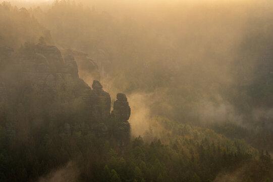 misty morning in the rocks