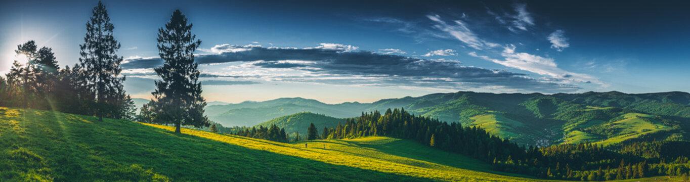 Panorama na Pieniny z Wysokiego Wierchu