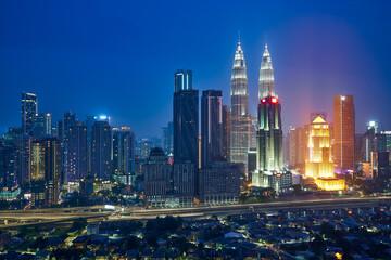 Fotomurales - Beautiful Kuala Lumpur city skyline