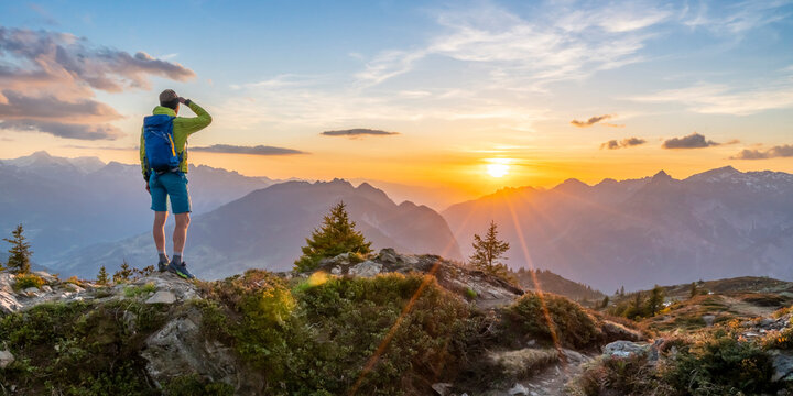 Bergwelten - Sonnenuntergang in den Alpen