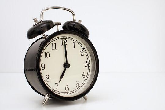 Anuko World Clock - Alarm Clock 6 00 Am - Free Transparent PNG Clipart  Images Download