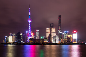 Foto op Aluminium Shanghai Stunning and colorful Shanghai skyline at night.