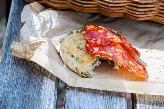 Olive bread and spicy sopressata, excellent picnic.