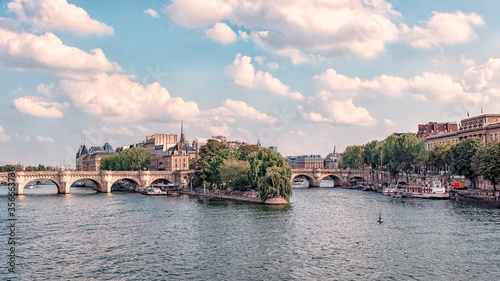 Fototapete Paris city in the evening