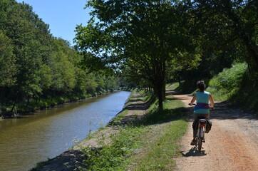 Canal de Nantes à Brest. Nort-sur-Erdre, Héric. Loire-Atlantique, west of France