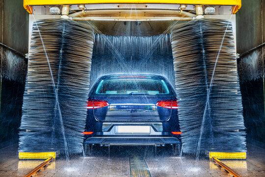 car wash of an modern car