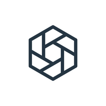 hexagon vector icon. hexagon editable stroke. hexagon linear symbol for use on web and mobile apps, logo, print media. Thin line illustration. Vector isolated outline drawing.