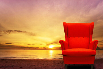 Exquisite red sofa, beautiful sea view, sunrise, scenery pictures In the morning, at sunrise, at the sea, photos