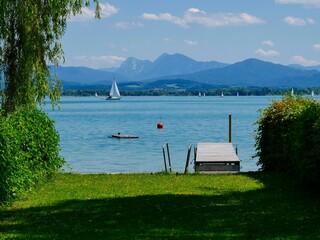 Aussicht auf den Chiemsee in Bayern
