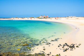 Deurstickers Canarische Eilanden View of the beautiful Playa Chica Beach, El Cotillo - Fuerteventura, Canary Islands, Spain