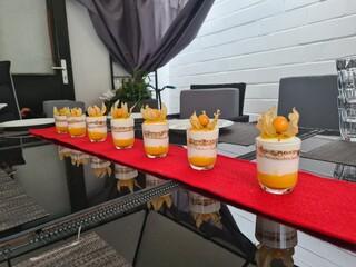 Layered cream desserts