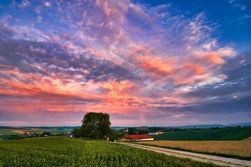 Feuerhimmel über Niederösterreich Fotoväggar