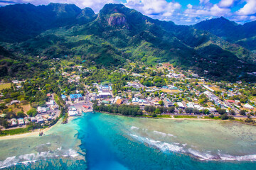 Papiers peints Scandinavie Rarotonga breathtaking stunning views from a plane of beautiful beaches, white sand, clear turquoise water, blue lagoons, Cook islands, Pacific islands
