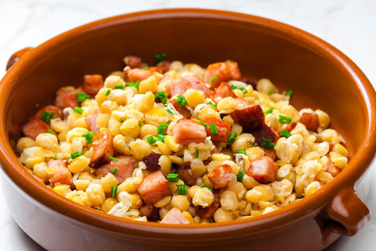 salad of  yellow peas, bacon and parsley