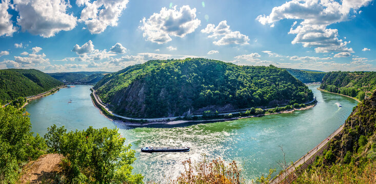 Panoramic landscape of River Rhine and Loreley on the right viewed from Rheinsteig trail viewpoint Felsenkanzel in Rhineland Palatinate near Sankt Goarshausen