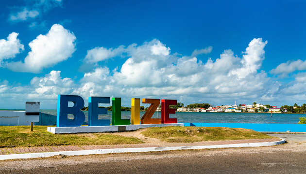 Welcome to Belize Sign at the Caribbean Sea