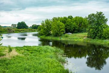 Obraz Biebrza Podlasie Biebrzański Park Narodowy Rzeka woda drzewa przyroda - fototapety do salonu