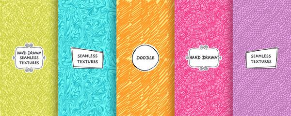 Foto op Plexiglas Kunstmatig Set of seamless hand drawn texture designs for backgrounds, business cards, web design. Doodle pattern with trendy modern labels on bright background. vector illustration