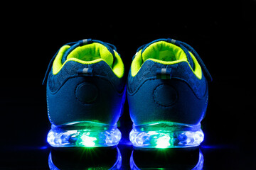 children's sneaker shoes with led light illumination