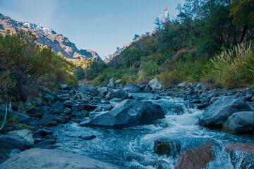 Rio de precordillera, sector Rio Blanco en CHile.