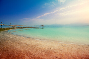 Fototapete - Seascape. The shore of the Dead Sea. Beach in the morning. Summer
