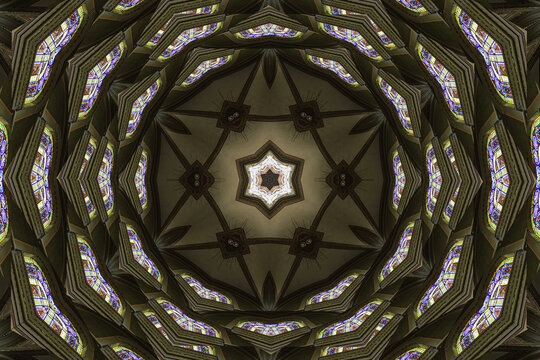 A kaleidoscope or kaleidoscope is an optical device formed by a small cardboard or metal tube, with small fragments of colored glass, which, through the reflection of the outer light in small inclined