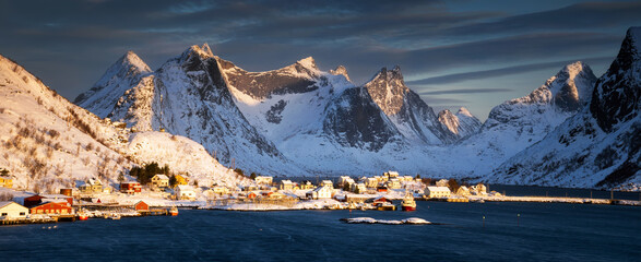 Reine sunset panorama