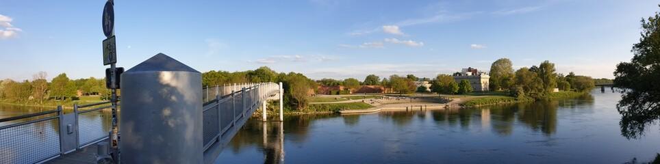 Donau Ufer und Brücke in Ingolstadt