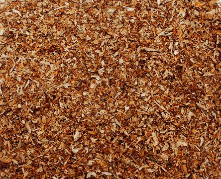 Crushed tobacco leaf for filling cigarettes