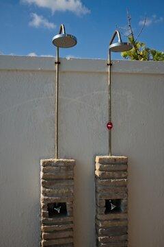 social distancing rules in pool