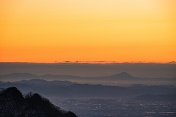 日の出前の榛名山山頂