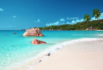 Fotomurales - Anse Lazio beach at Praslin island, Seychelles
