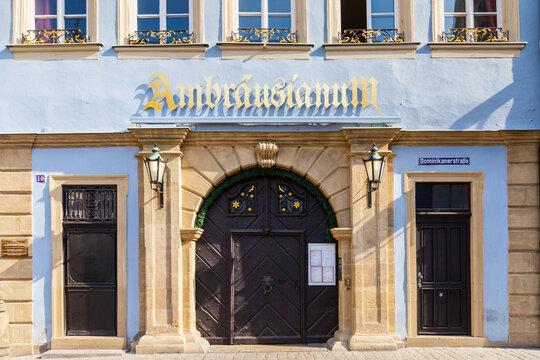 Fassade des Ambräusianum in Bamberg