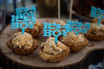 Baby shower cupcakes - fototapety na wymiar