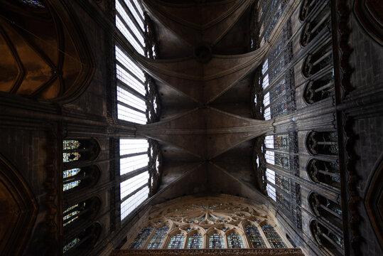 Les voûtes de la de la cathédrale Saint-Étienne de Metz.