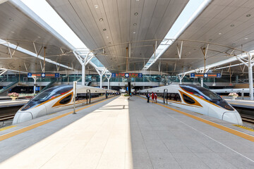 Fuxing high-speed train trains Tianjin railway station in China
