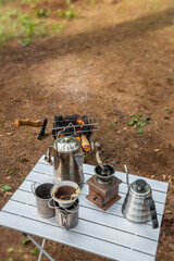 キャンプでお茶を Tea to boil in outdoor camping