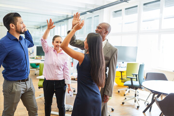Giving a multicultural start-up team at the High Five