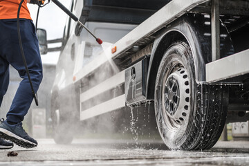 Towing Truck Outdoor Pressure Washing