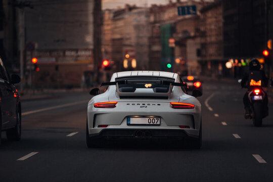 Porsche 911 Turbo at the city centre