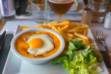 Fototapeta A Welsh Rarebit Typical Dish In The North Of France. Lille, France. obraz