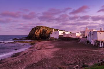 Atardecer en la playa de La Isleta del Moro, Parque Natural de Cabo de Gata-Níjar, provincia de Almería, Andalucía, España