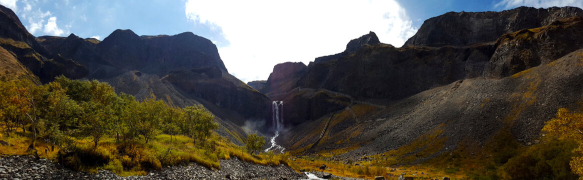 Changbai Heavenly Lake Waterfall